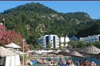 Hotel Turunc - Widok hotelu od strony zatoki