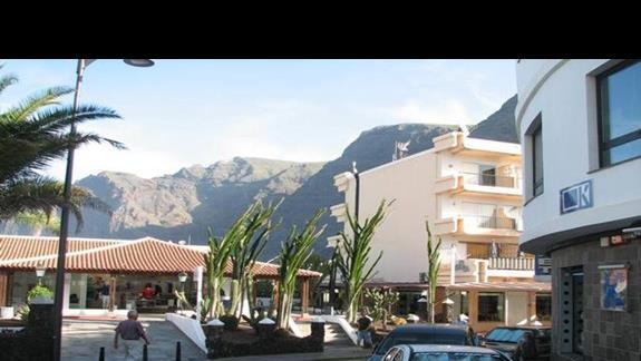 Widoki z Puerto Santiago.