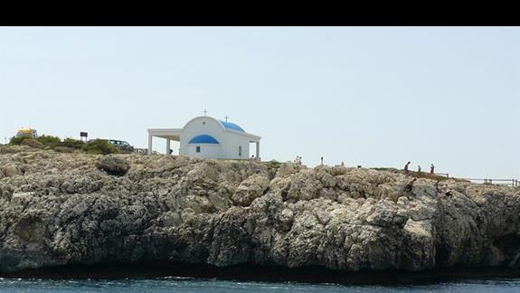 inna równie malowniczo polożona kapliczka