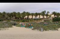 Hotel SBH Monica Beach - Zejście na hotelową plażę.
