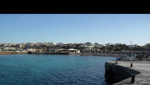 plaża przy hotelu z której korzystają goście hotelu Empire