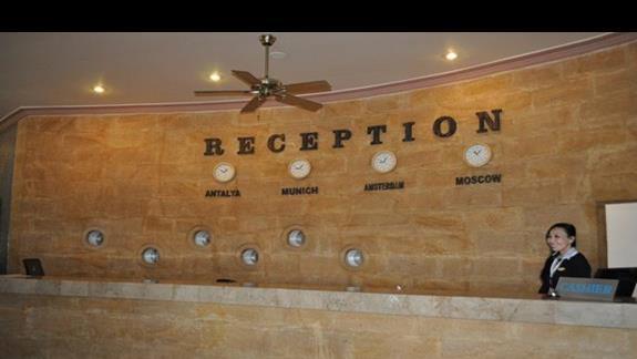 Recepcja w hotelu Dinler