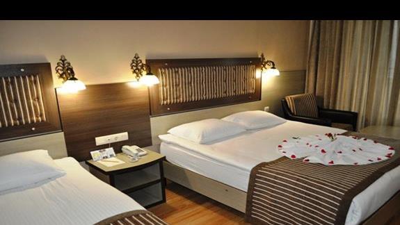 Pokój w hotelu Dinler