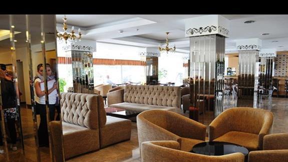 Lobby w Hotelu Eftalia Aytur