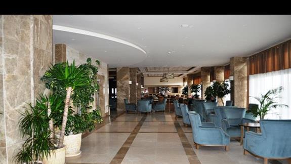 Lobby w hotelu Kahya Aqua Resort