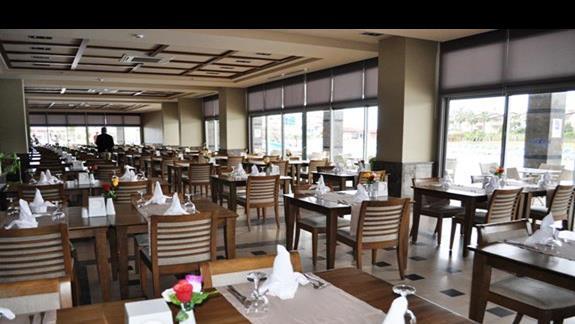 Restauracja w hotelu Kahya Aqua Resort