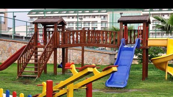 Plac zabaw w hotelu Eftalia Resort