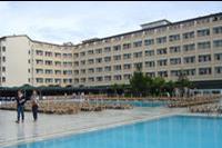 Hotel Xeno Eftalia Resort - Widok na pierwszy budynek hotelowy