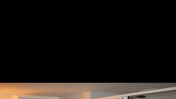 Łazienka w pokoju standardowym w hotelu Saphir