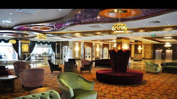 Lobby w hotelu Dizalya Palm Garden