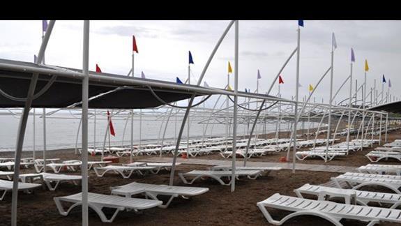 Plaża hotelu AskA Buket Resort & Spa