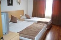 Hotel Eftalia Village - Jedno z pomieszczeń w pokoju familijnym
