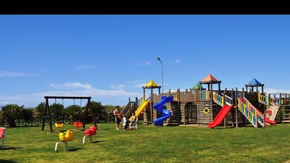 Plac zabaw dla dzieci w hotelu Sea World Resort