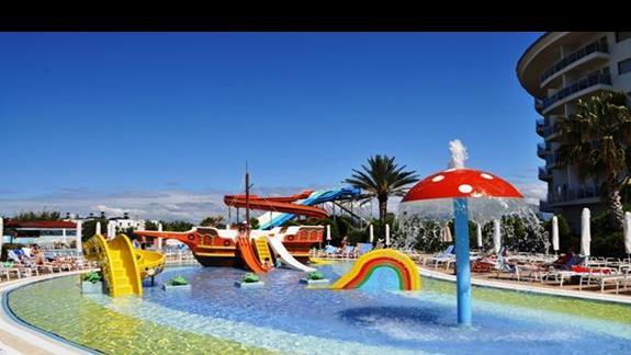 Basen dla dzieci w hotelu Sea World Resort