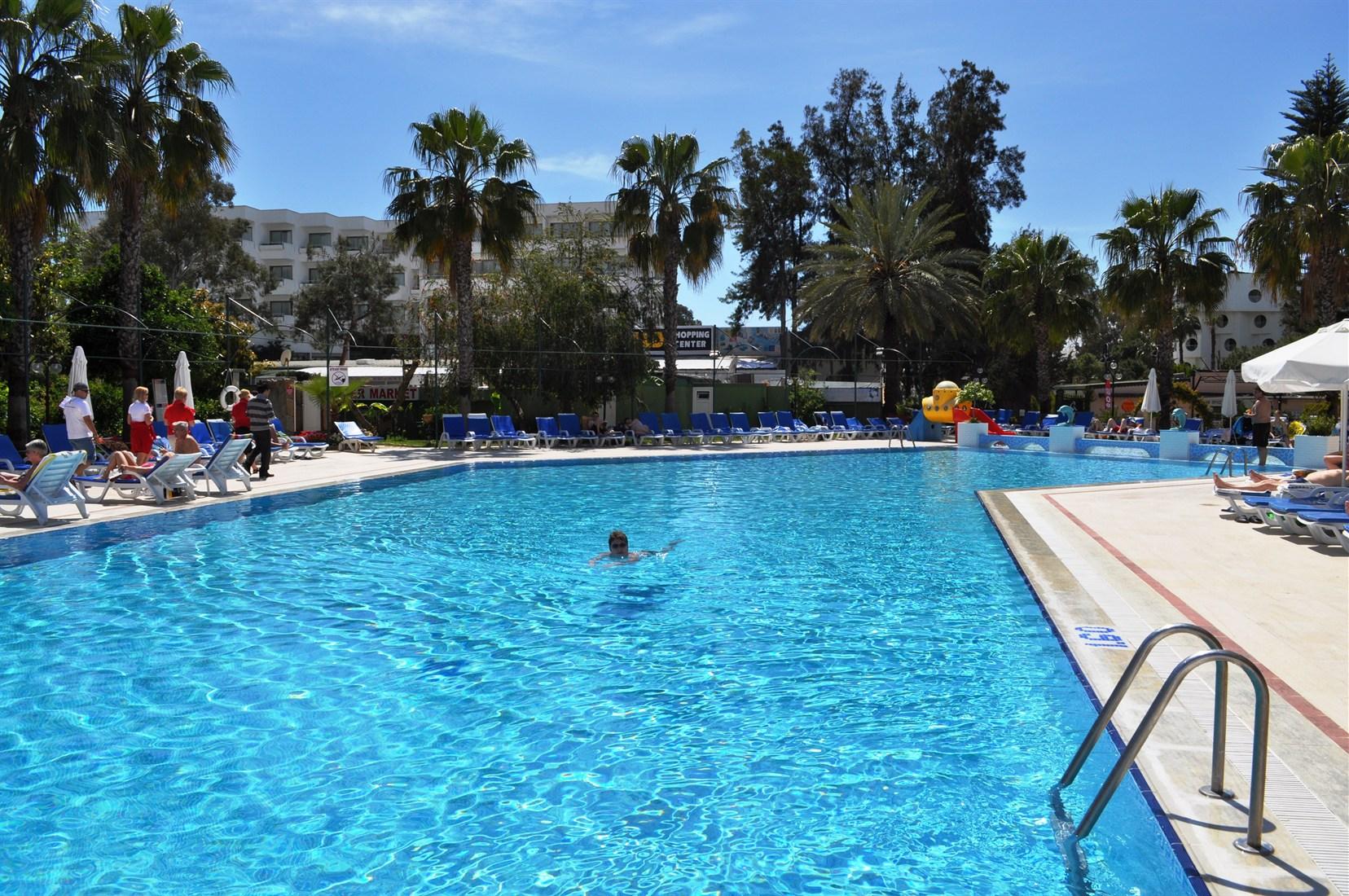 Hotel Venus - Basen w hotelu Venus