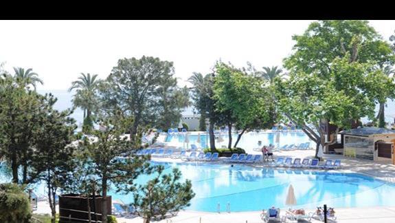 Basen w hotelu Mirada Del Mar