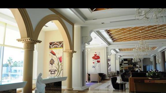 Hall w hotelu Kilikya Palace