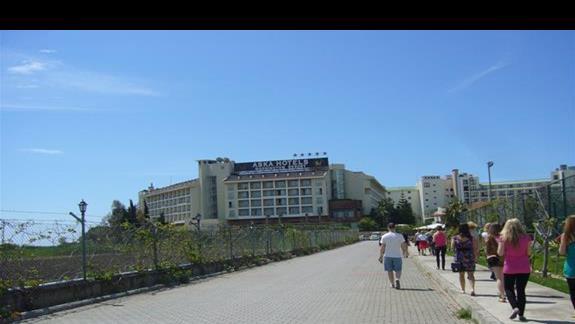 Widok przodu hotelu