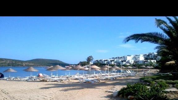 Plaża hotelowa z bezpłatnym serwisem 3 S Beach Club