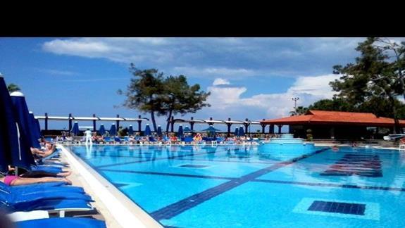 Infrastruktura basenowa Kustur Club