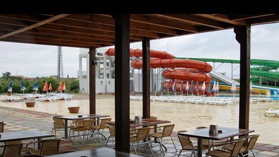 Restauracja na tarasie oraz aquapark
