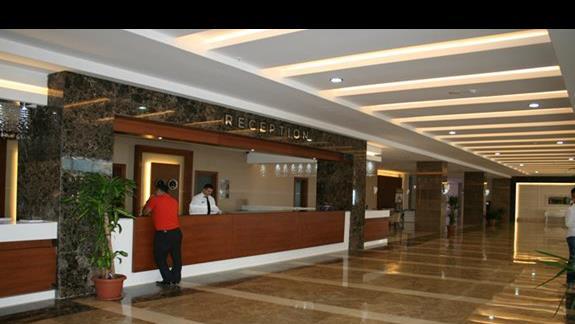 Recepcja hotelu Adalya Ocean