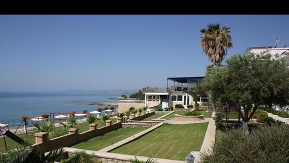 teren hotelu Ilyssion