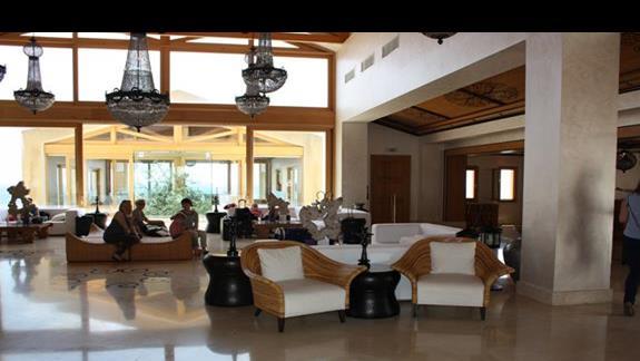 Lobby przy recepcji Mitsis Blue Domes