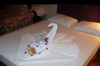 Hotel Dinler - Cos milego dla oka po serwisie sprzatajacym.