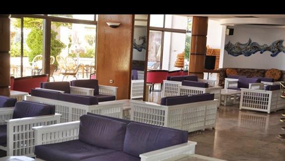 Wnętrze hotelu Belair Beach