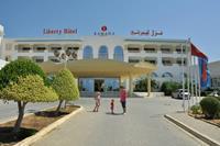 Hotel Liberty Resort - brama główna :)