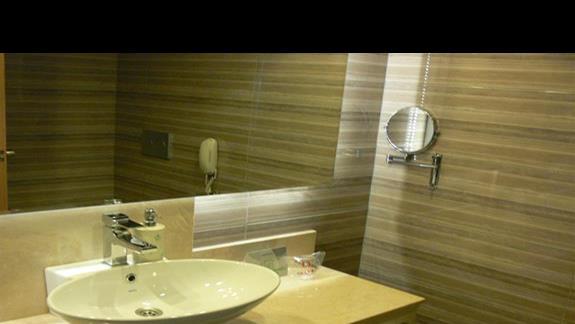 Łazienka (pokój 2os standard).