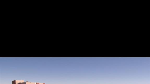 basen ze zjeżdżaniami w hotelu Granada Luxury