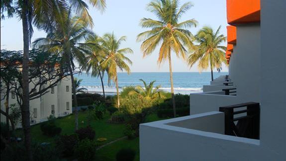 Widok z pokoju w hotelu Kombo Beach