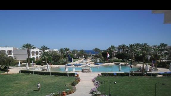 Basen relaksacyjny w hotelu Shores Amphoras