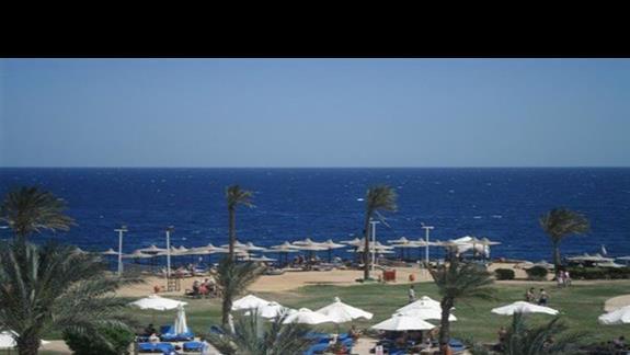 Plaża przy hotelu Shores Amphoras