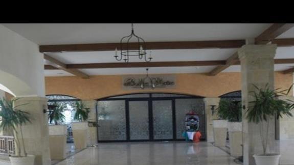 Wnętrze hotelu Shores Amphoras - lobby