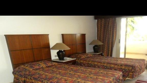 Pokój standard hotelu Shores Golden