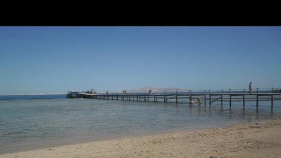 Pomost  przy hotelu Rehana Royal Beach