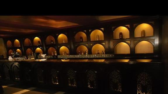 Bar w lobby hotelu Jaz Mirabel Beach