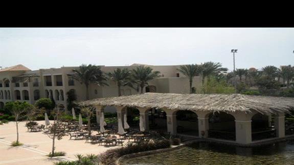 Romantyczna część hotelu Jaz Mirabel Beach