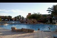 Hotel Amwaj Oyoun Resort & Spa - Basen główny przy hotelu Amwaj