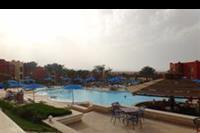 Hotel Aurora Bay Resort - Widok górnego basenu w hotelu Oriental Bay