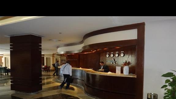 Recepcja hotelu Amwaj Blue Beach Abu Soma Resort & SPA
