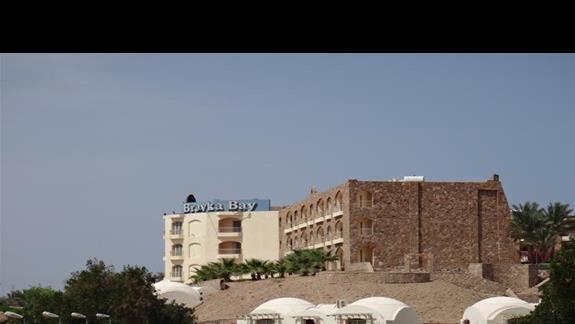 Budynek glówny hotelu Brayka Bay Resort