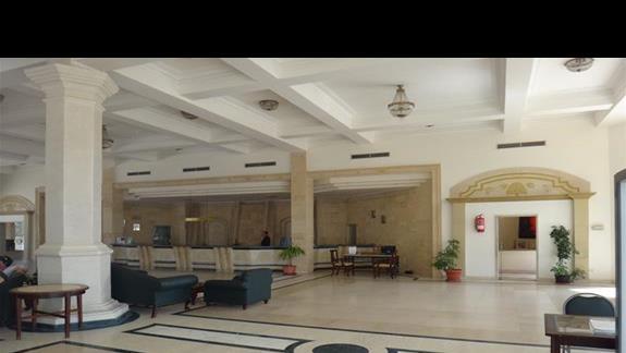 Recepcja w hotelu Brayka Bay Resort
