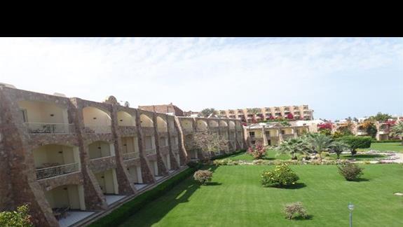 Budynki w hotelu Brayka Bay Resort