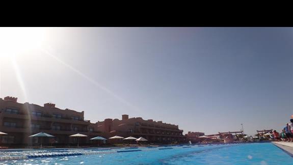 BAsen olimpiski na terenie hotelu Calimera Club Akassia Swiss Resort