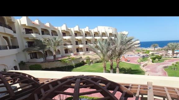 Zabudowania w hotelu Coral Hills