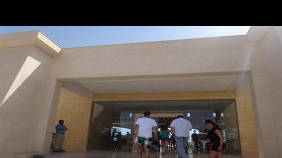 Wejscie do hotelu Three Corners Fayrouz Plaza Beach Resort